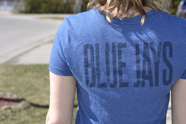 old-navy-blue-jays-tshirt-toronto
