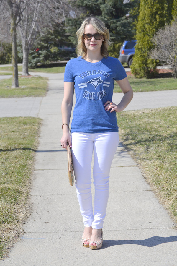 what-to-wear-blue-jays-toronto