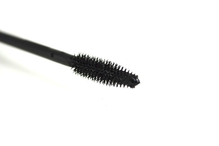 avon-winged-out-mascara-2