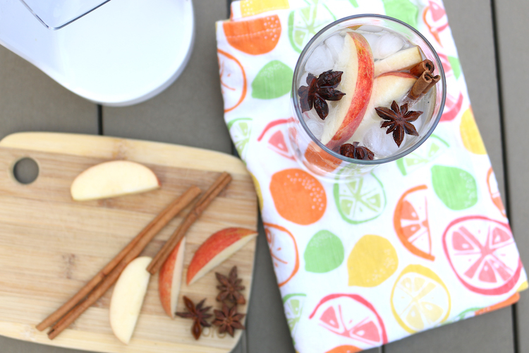 How to Detox After a Long Weekend + DIY Detox Drink