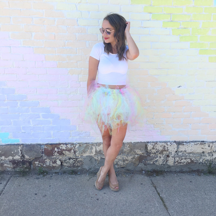 diy-tulle-skirt-halloween-rainbow